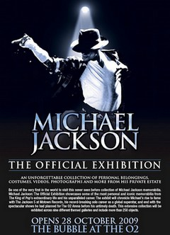 Michael_Jackson_-_Official_exibition_02__petit_.jpg